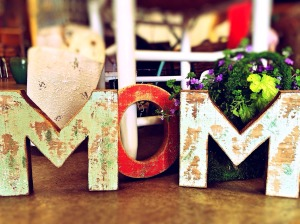 mom-759216_1280