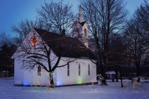 christmas-church-554725_640