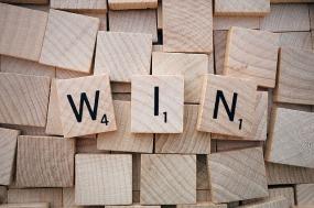win-1820037_640(1).jpg